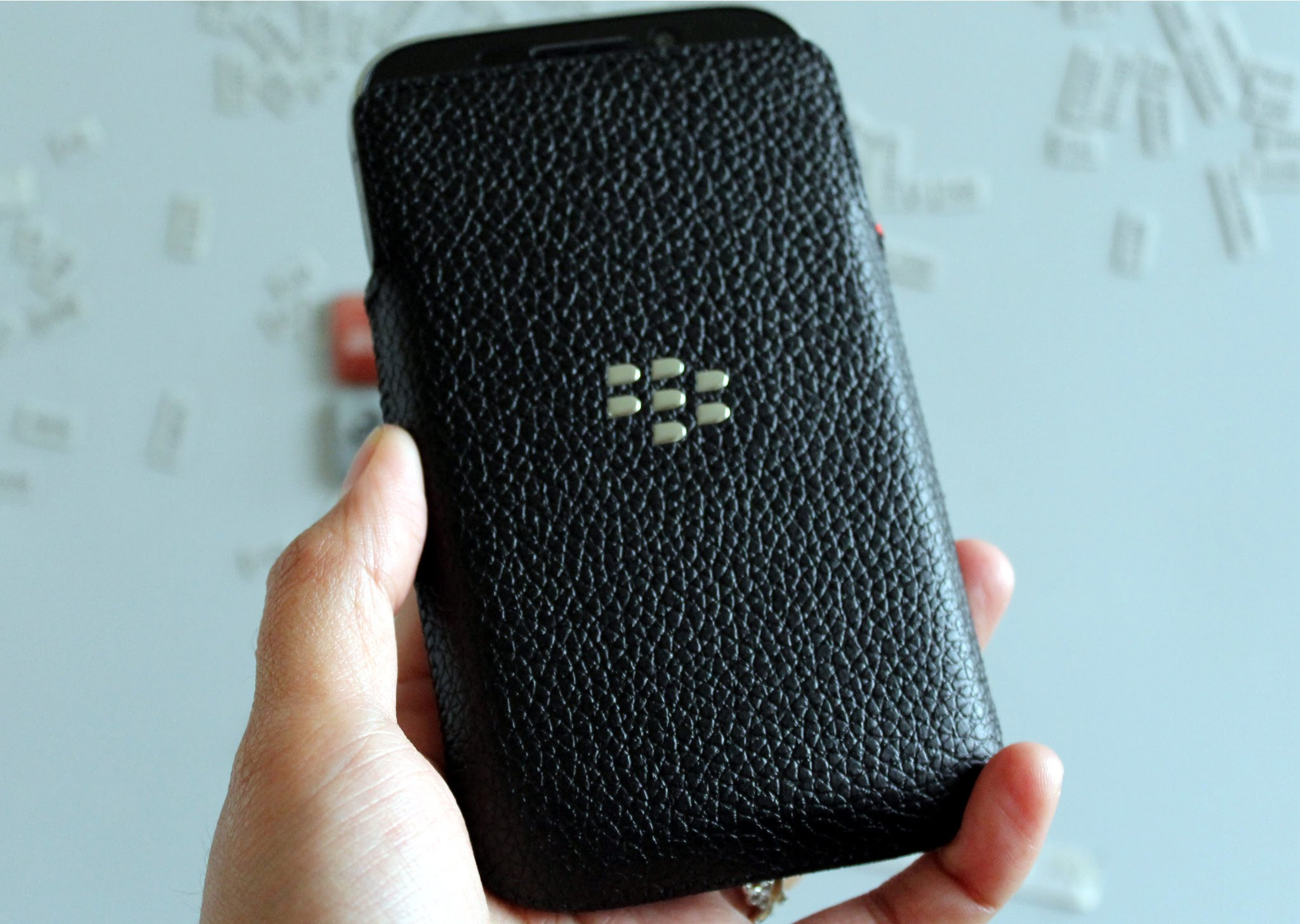 pretty nice 51042 6bb3b Carry around your BlackBerry Classic the old school way with the OEM ...